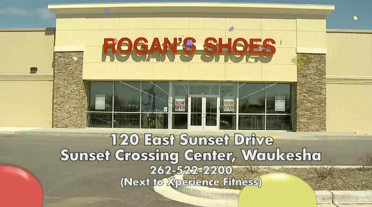 Rogans Shoes Waukesha Shoe Store Building Picture