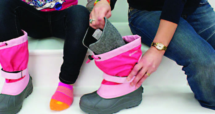 Fitting Kids Winter Boots - remove liner to fit the liner if equipped