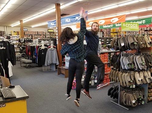 Manitowoc, WI Shoe Store - Rogans Shoes